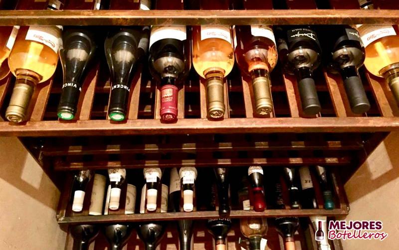 capacidad para almacenar botellas